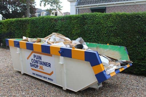 Afvalcontainer in de tuin